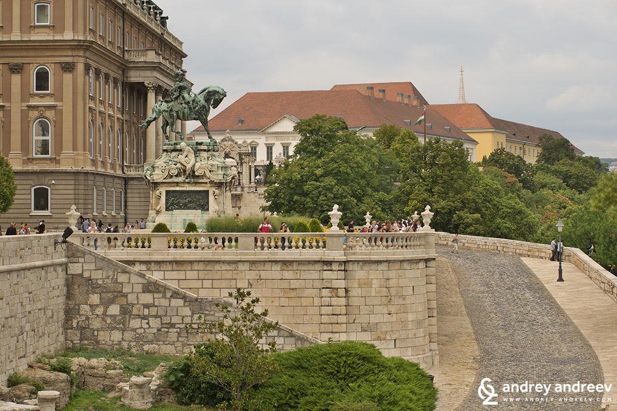 терасата пред двореца
