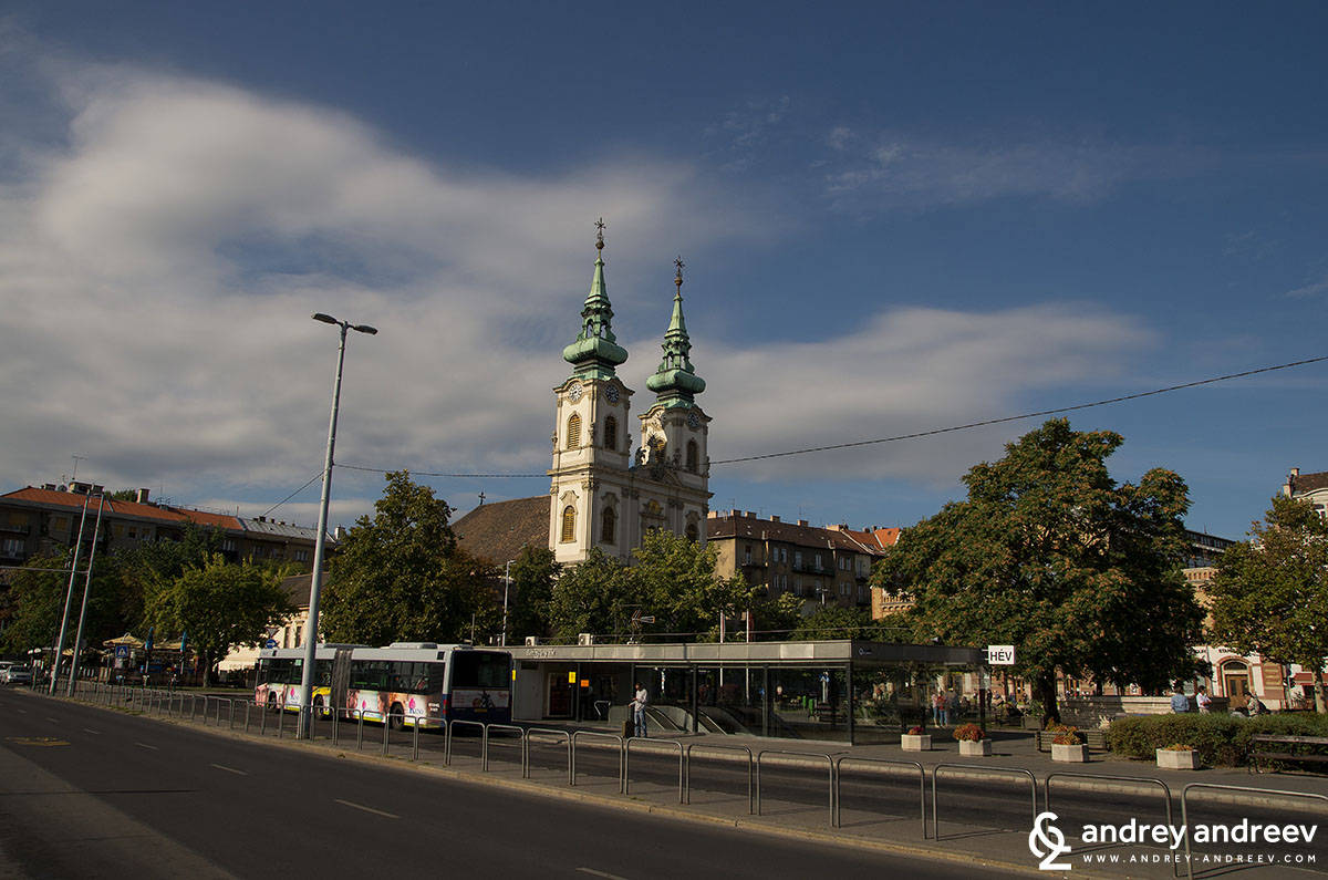 Площад Батияни