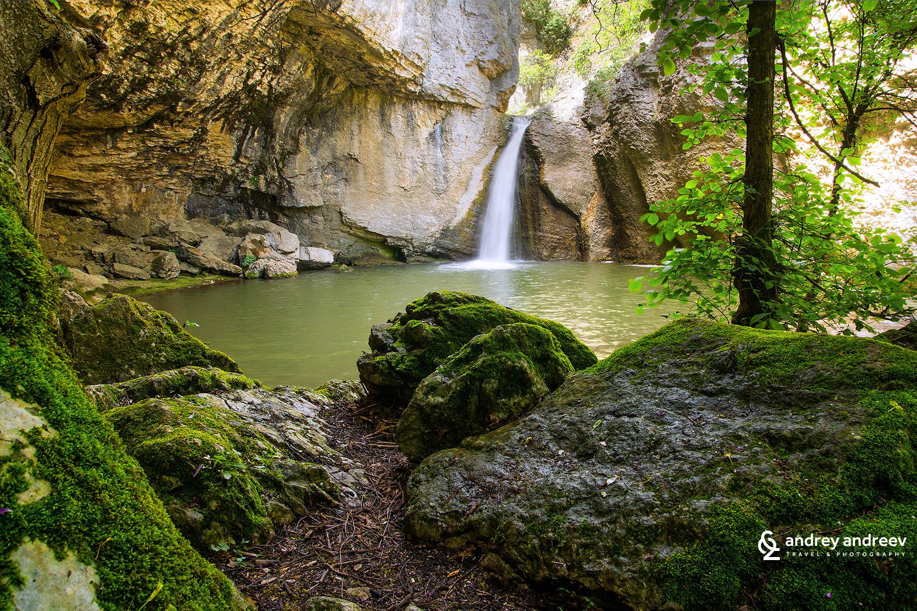 Водопад Момин Скок / Waterfall Momin Skok