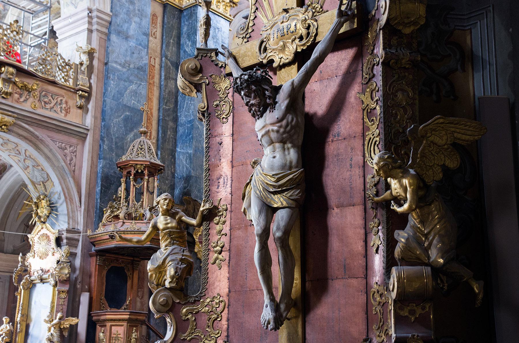 """Йезуитската църква """"Св. Петър и Павел"""" в Лвов Украйна"""