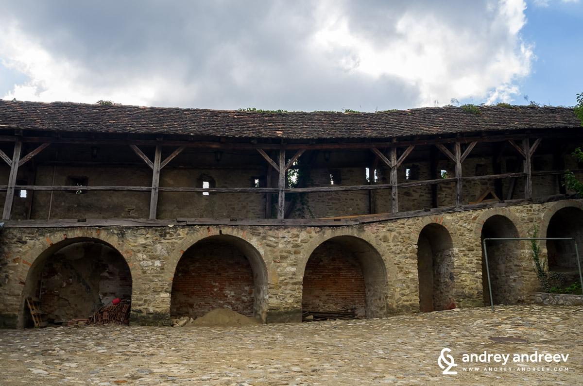 Стената на цитаделата