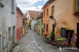 По уличките на Сигишоара Румъния, цитадела в Румъния, забележителности в Румъния