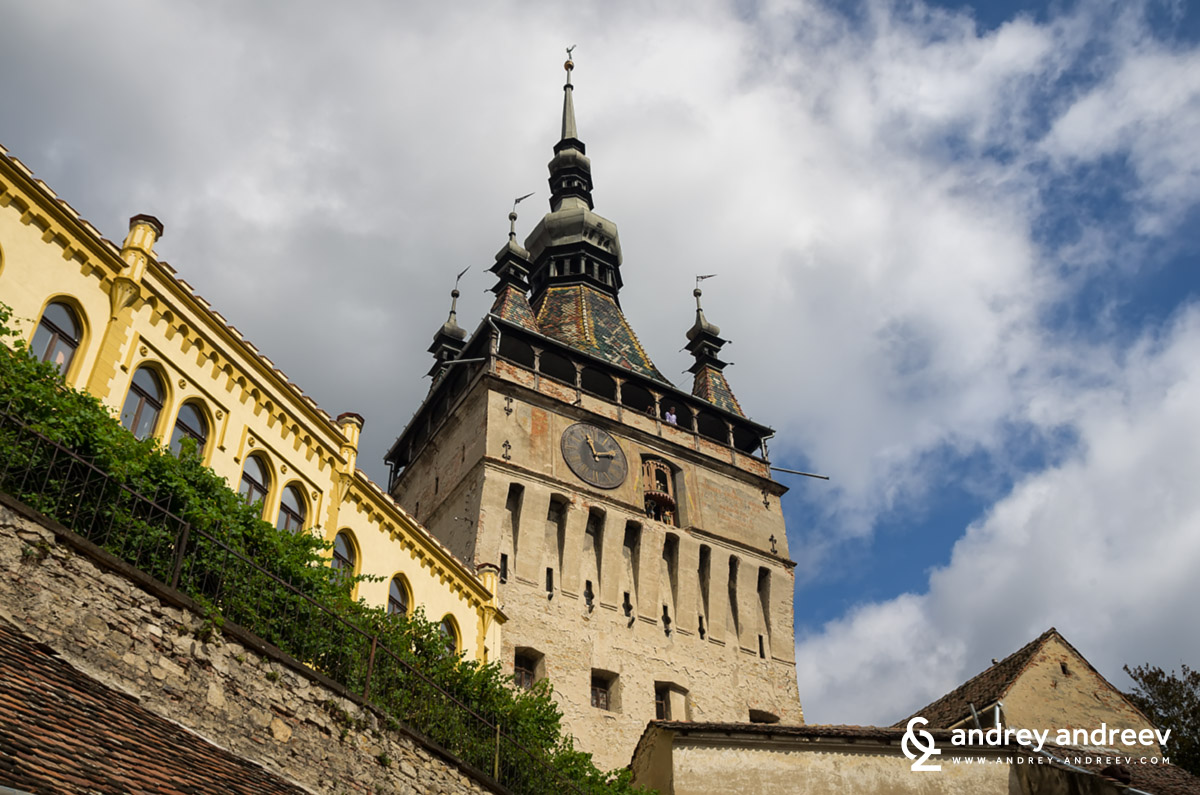 a story of vlad tepes dracula the ruler of romania Bran castle, better known as dracula's castle, is located on a cliff in the middle of   of characters throughout history known as well as count dracula  as vlad the  impaler, a notorious ruler in romania in the 1400s known for.