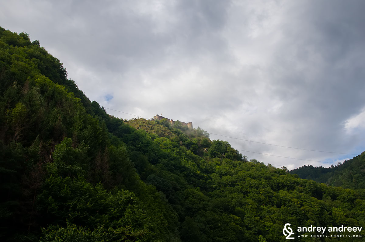 Poenari castle - the fortress that was actually used by Vlad Tsepes