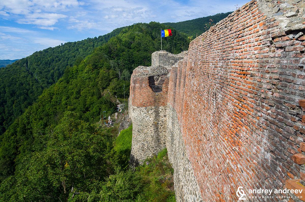 Крепостта на Цепеш Поенари