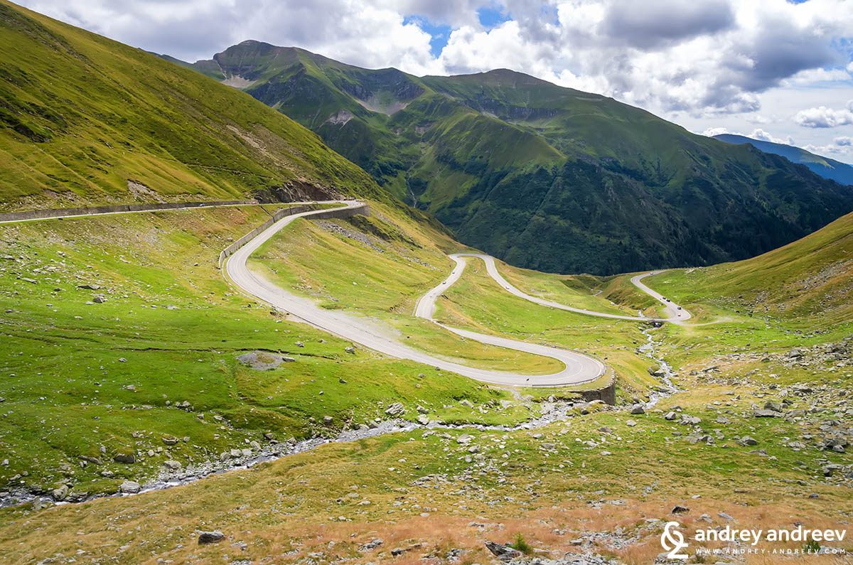 One of the best views along the Transfagarasan road in Romania