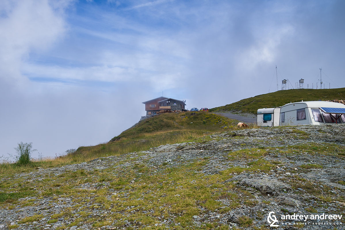 Hut near the Balea lake