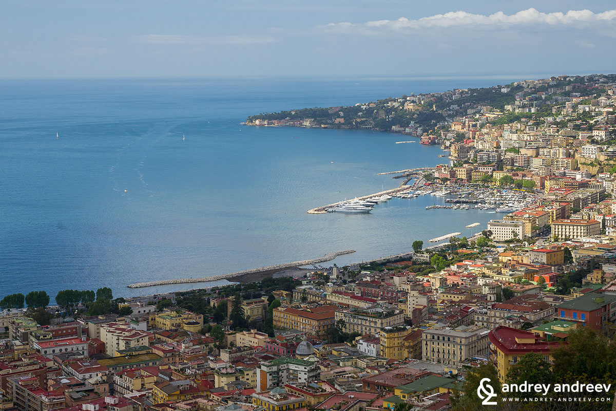 Неаполитански залив Неапол, Италия