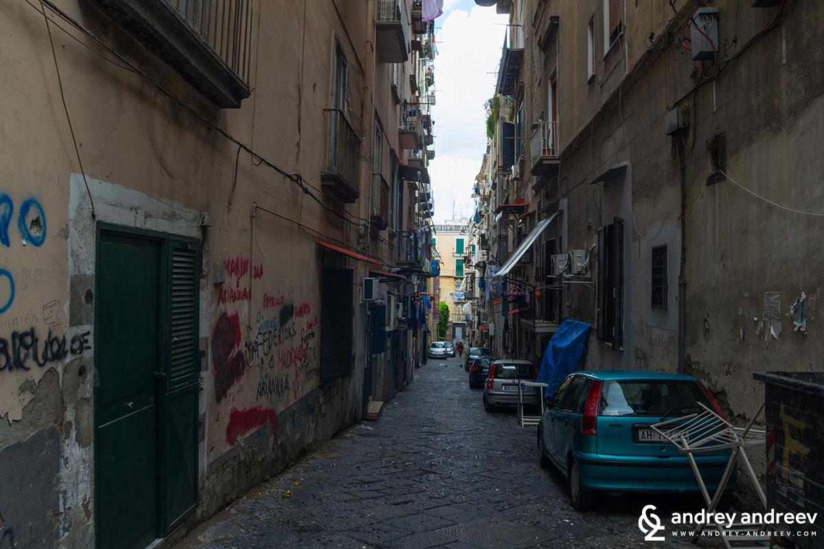 Quartieri Spagnoli Неапол, Италия