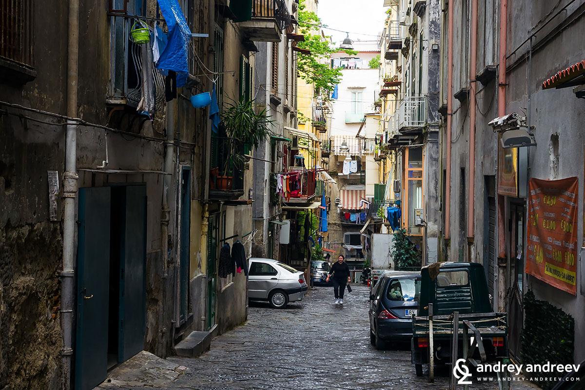 Испанският квартал Неапол, Италия