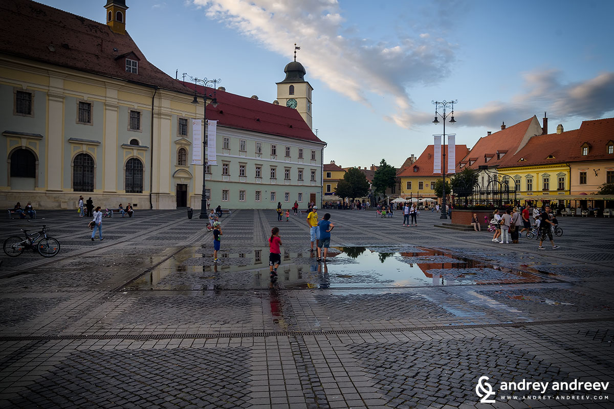 The fountain at Grand square, Sibiu, Romania