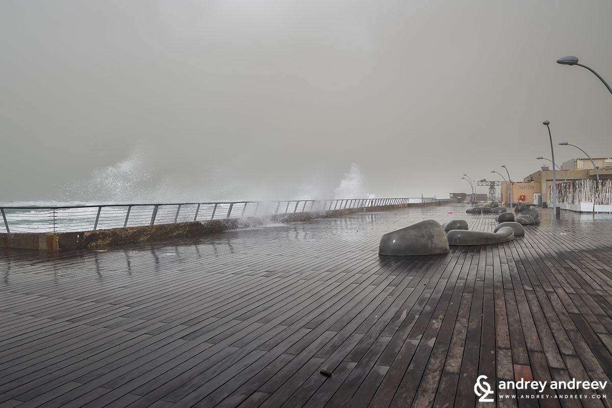 Буря в Тел Авив