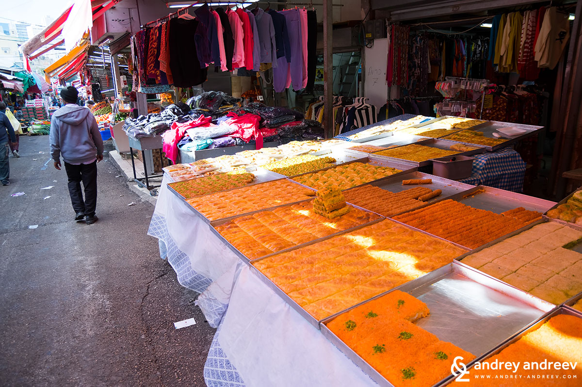 Carmel Market in Tel Aviv (Shuk Ha'Carmel)