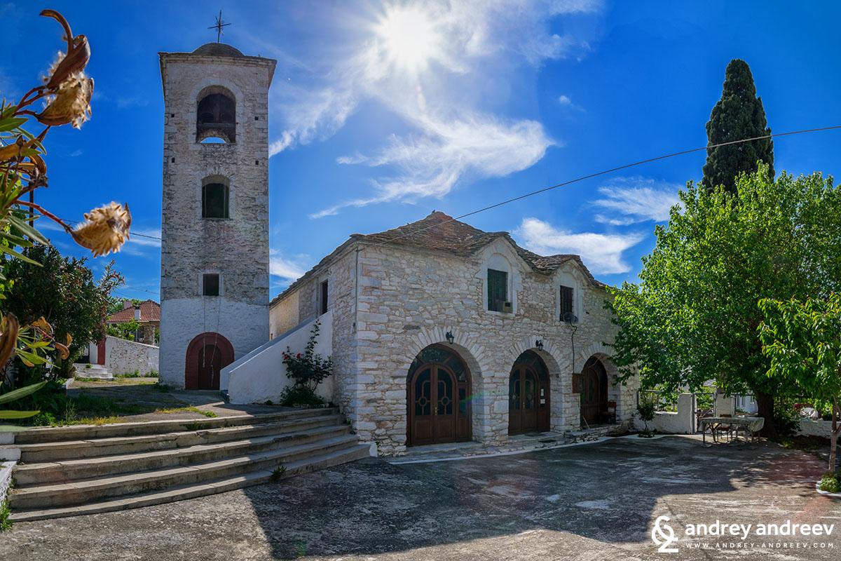 църква Св. Параскева, Теологос