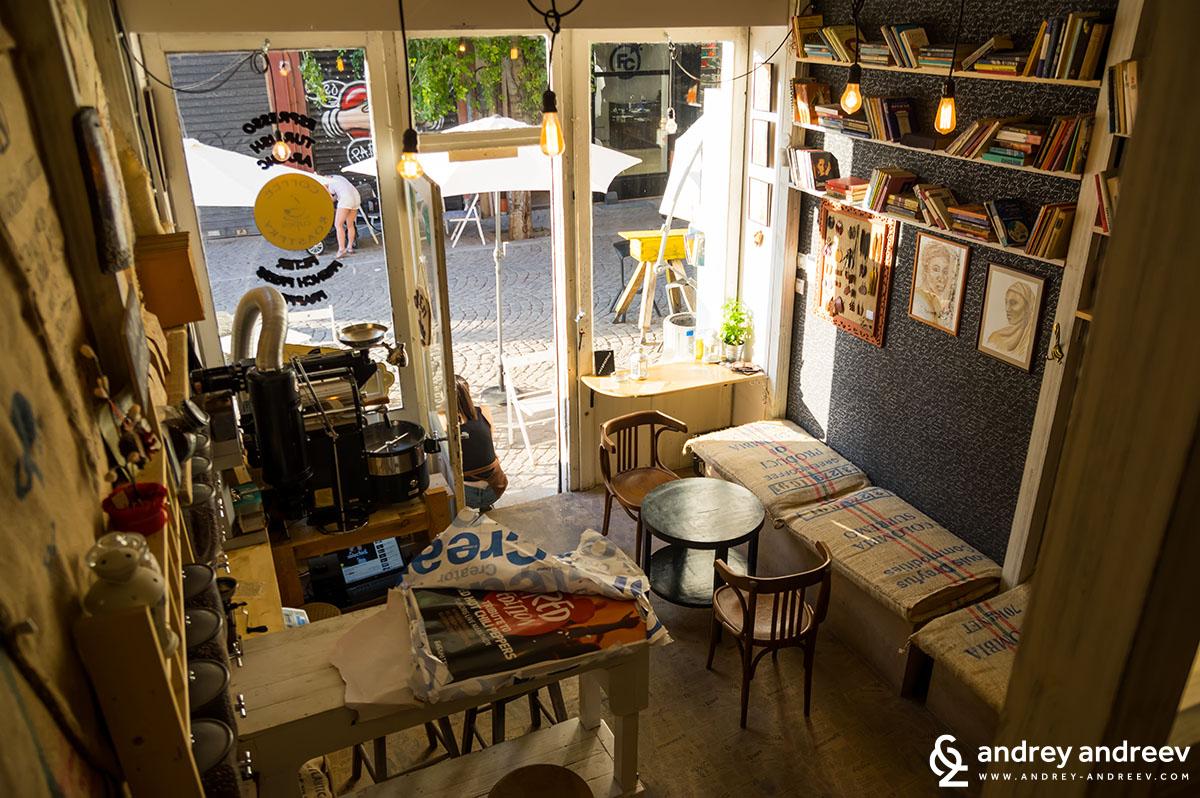 Кафене в Капана