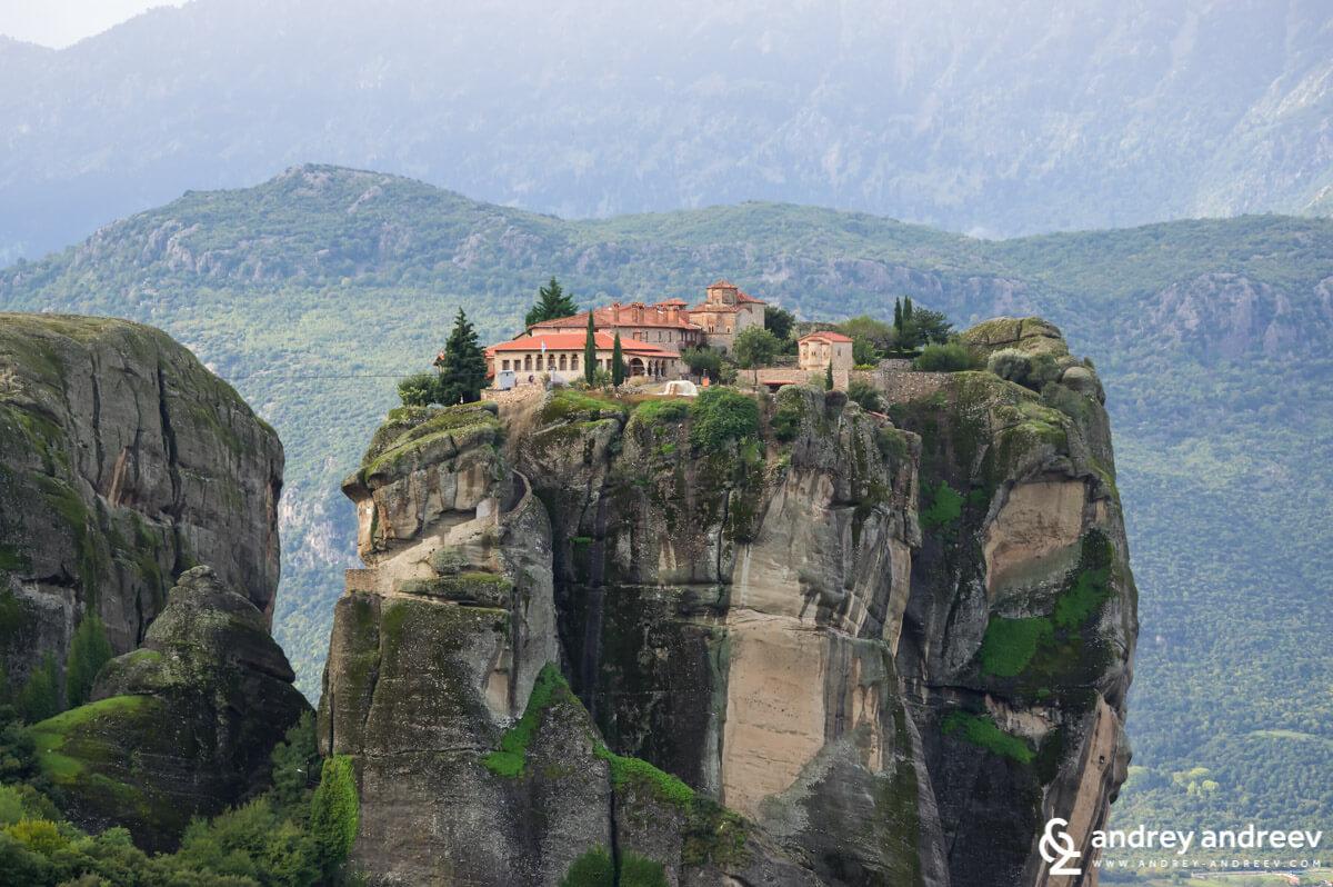"""Манастир """"Св. Троица"""", Метеора в Гърция"""