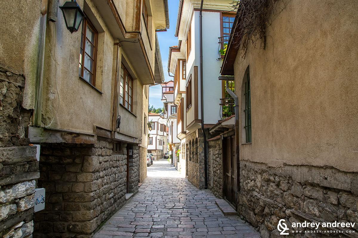 По уличките на Охрид