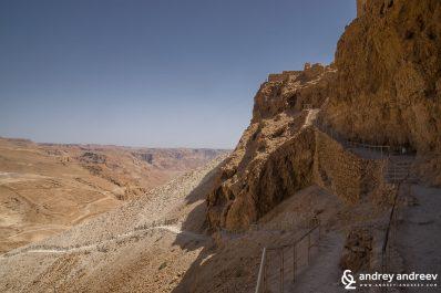 Западната страна на Масада