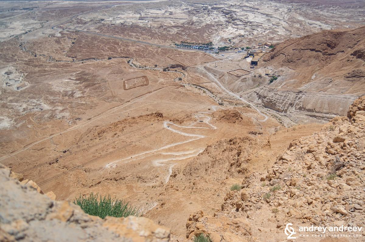 Змийският път и два останки от лагерите на легионерите