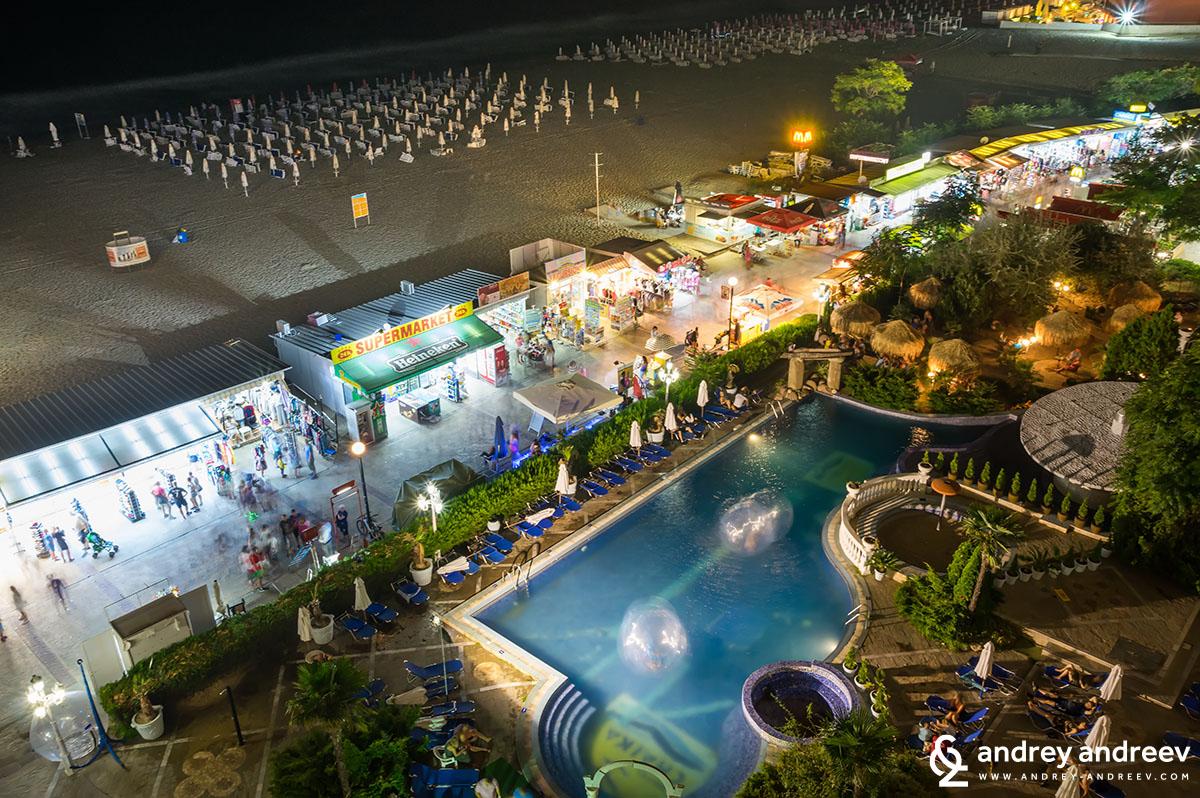 Sunny Beach - the promenade