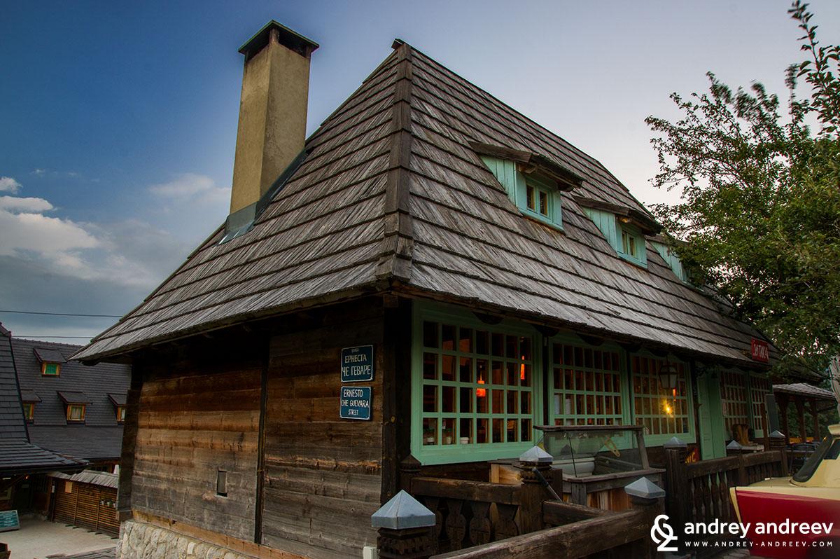 Ресторант с традиционна кухня