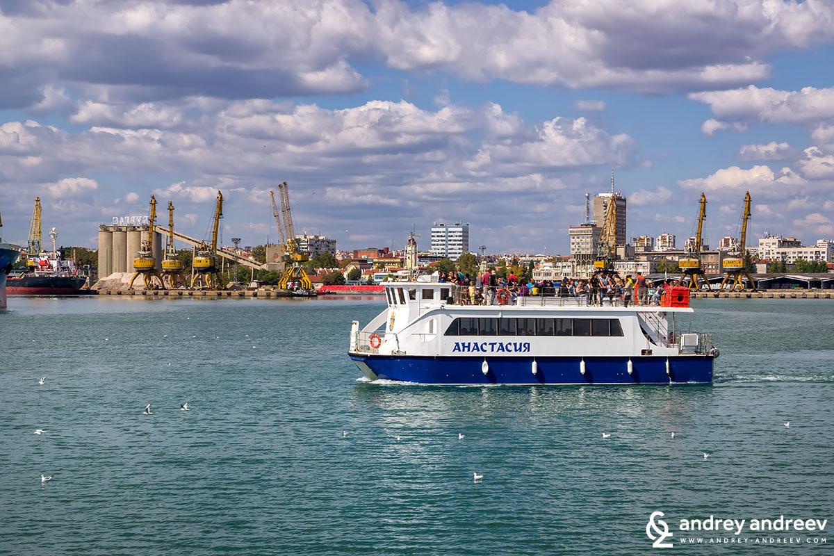 Boat Anastasia, Burgas port