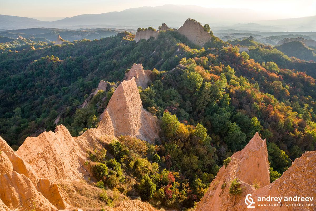 Скалния феномен близо до Роженския манастир
