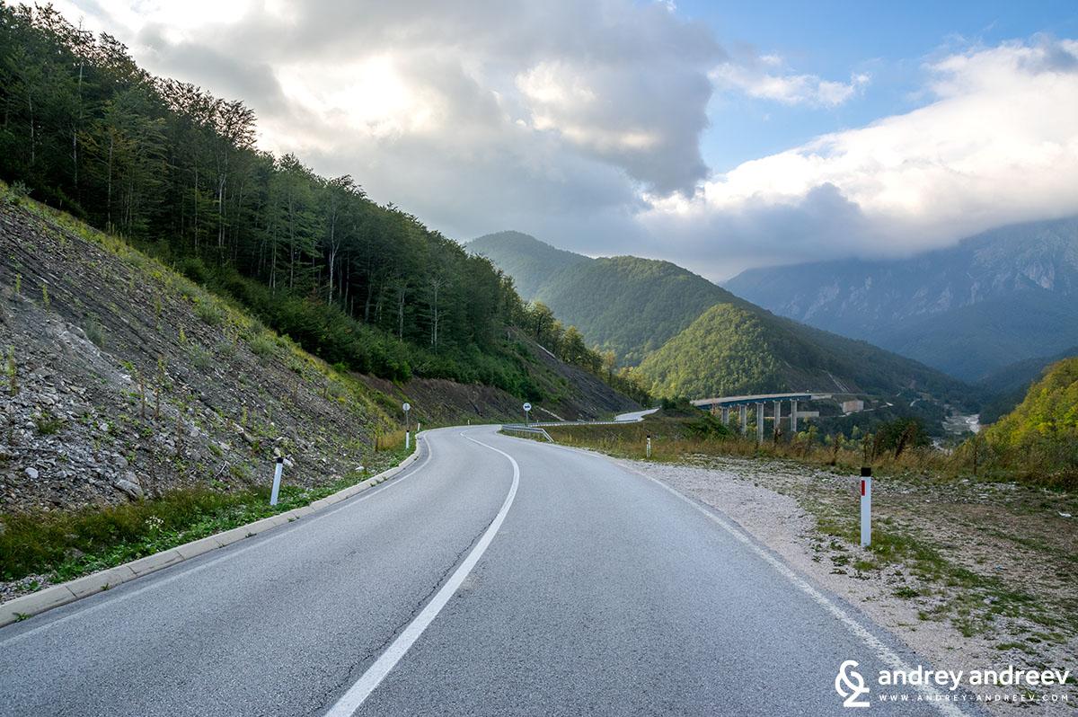 Пътят към Мостар, Босна и Херцеговина