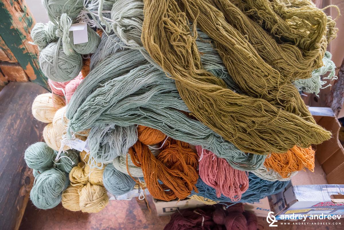 Прежда за килими в Костандово