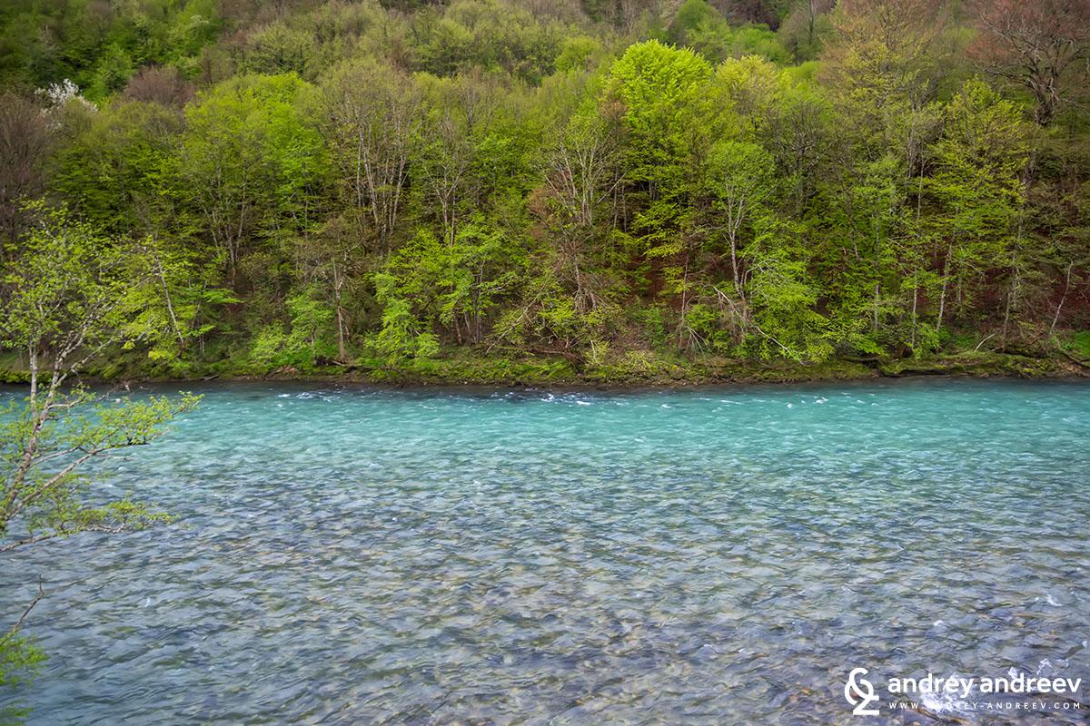 река Дрина край лагера