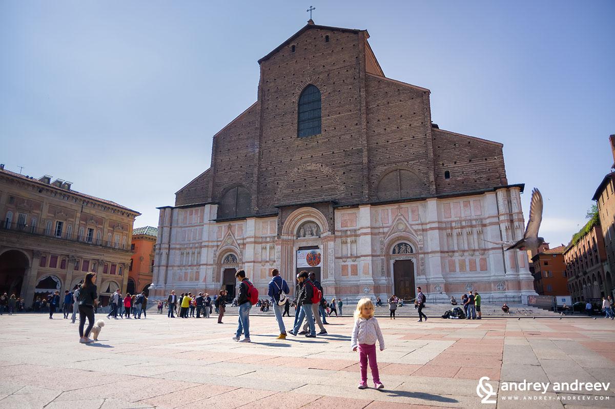 Anna in front of San Petronio church, Piazza Magiore, Bologna, Italy