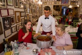 Trattoria Anna Maria, Bologna, Italy - social media marketing opportunities