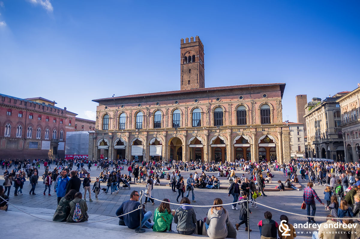Piazza Magiore - the starting point of our weekend in Bologna