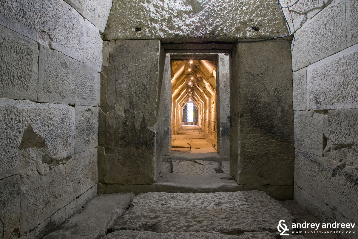 A view from inside out of the tomb