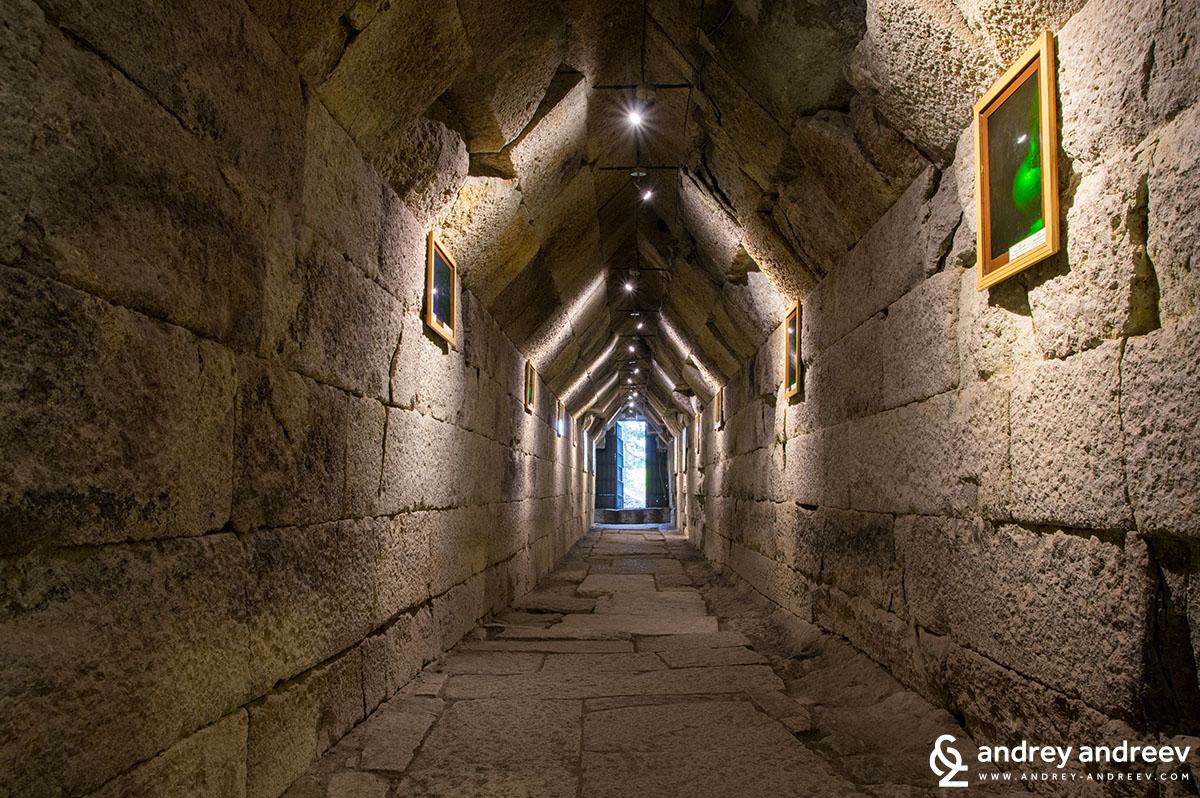The 20-metre corridor of Mezek Thracian tomb