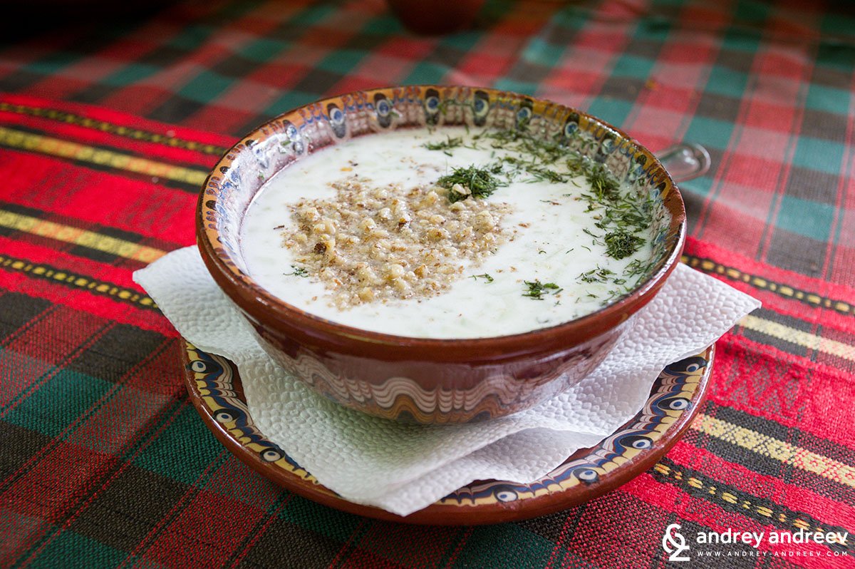 Tarator soup - Bulgarian food