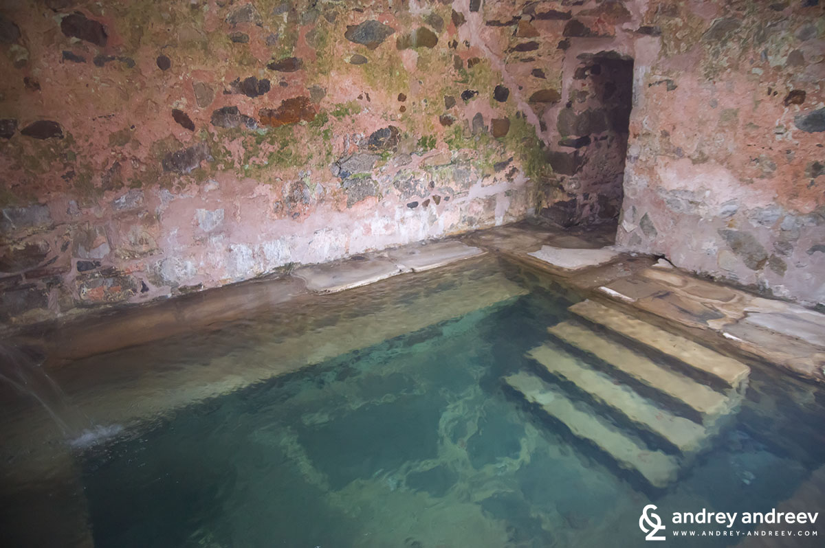 Турската баня в село Баня 2