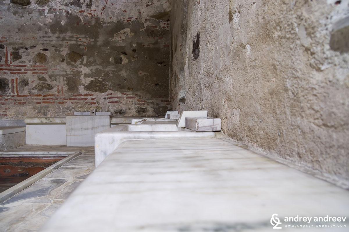 Българската баня отвътре