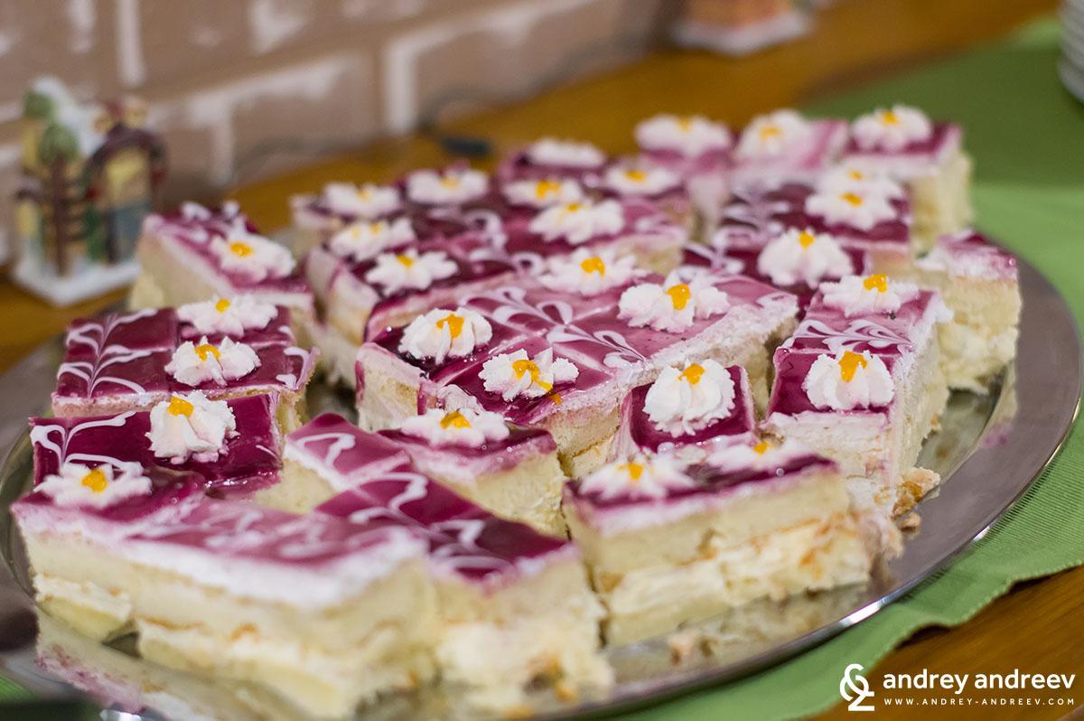 Десертът на втората вечеря в хотел Седем Сезона