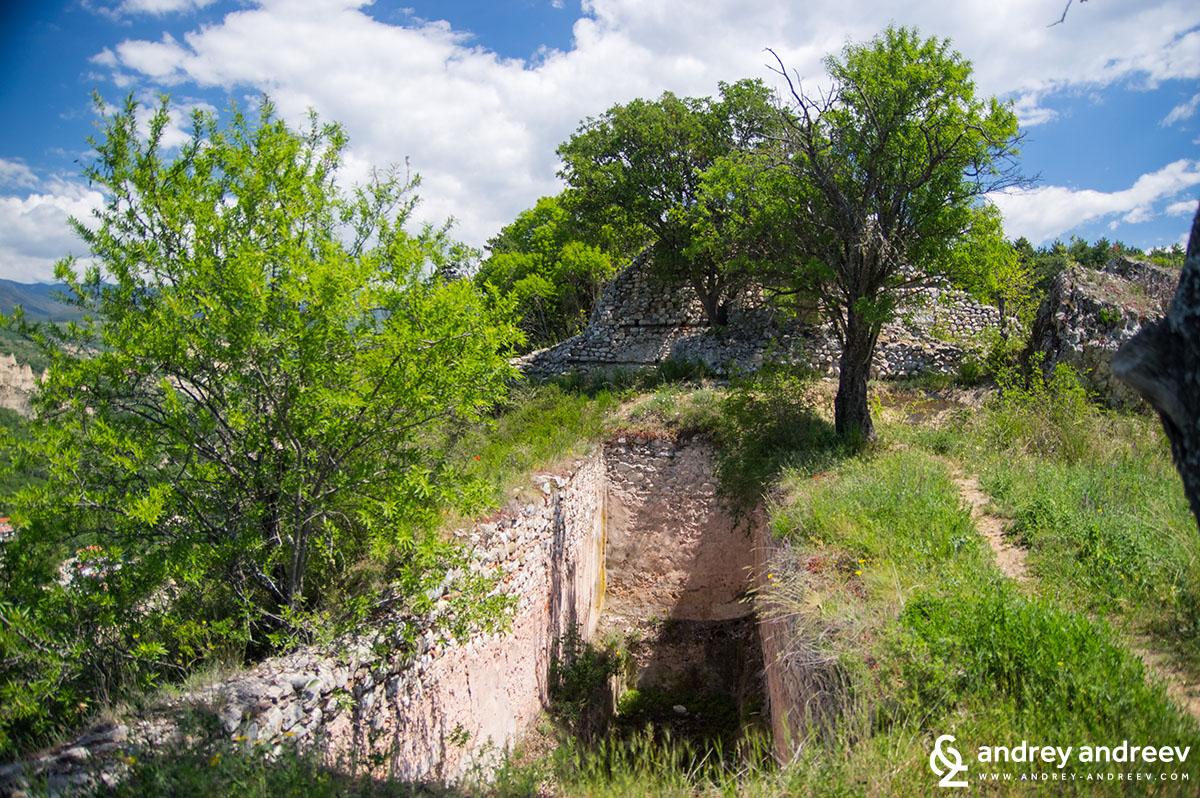 Едно от водохранилищата на крепостта