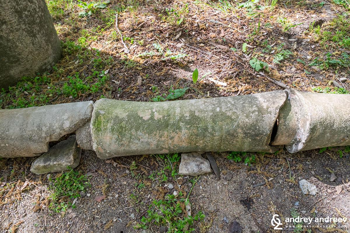 Останки от тръбопровод в Никополис ад Иструм