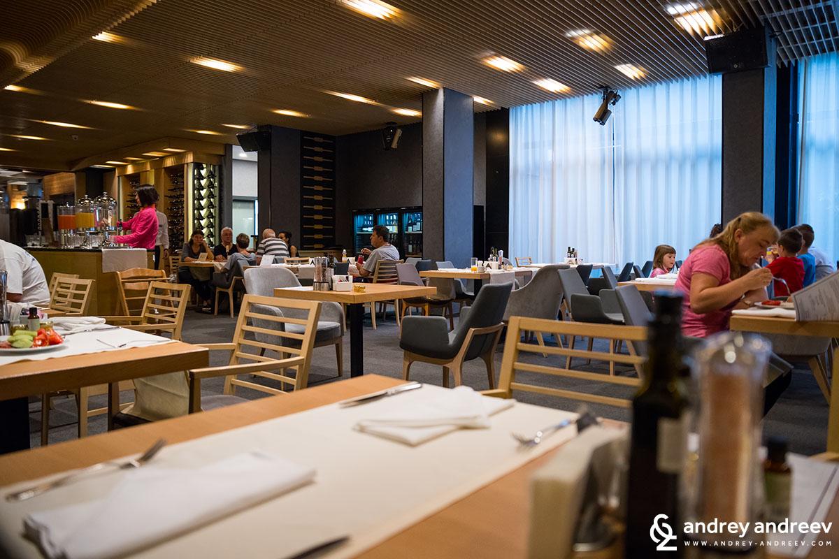 Restaurant Le Bistro at hotel Lucky Bansko Bulgaria