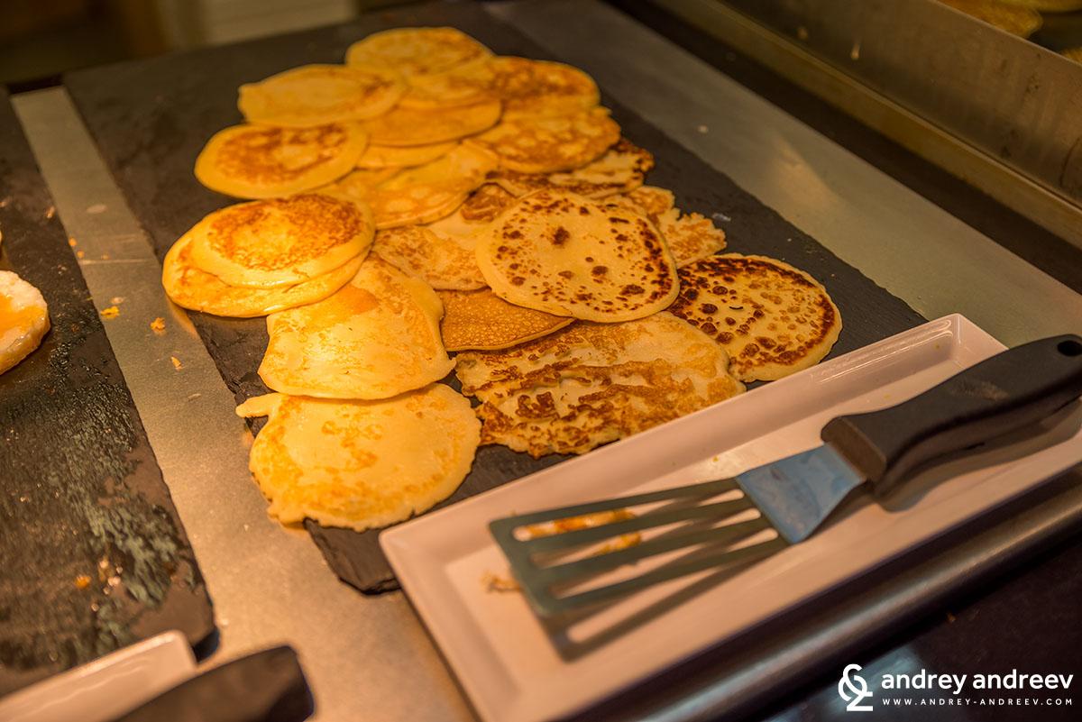 Delicious fresh-made pancakes at hotel Lucky Bansko