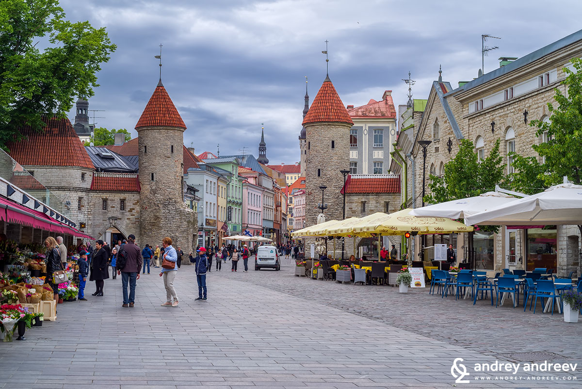 Viru Gate - the most touristic part of Tallinn. What to see in Tallinn, attractions in Tallinn, museums in Tallinn