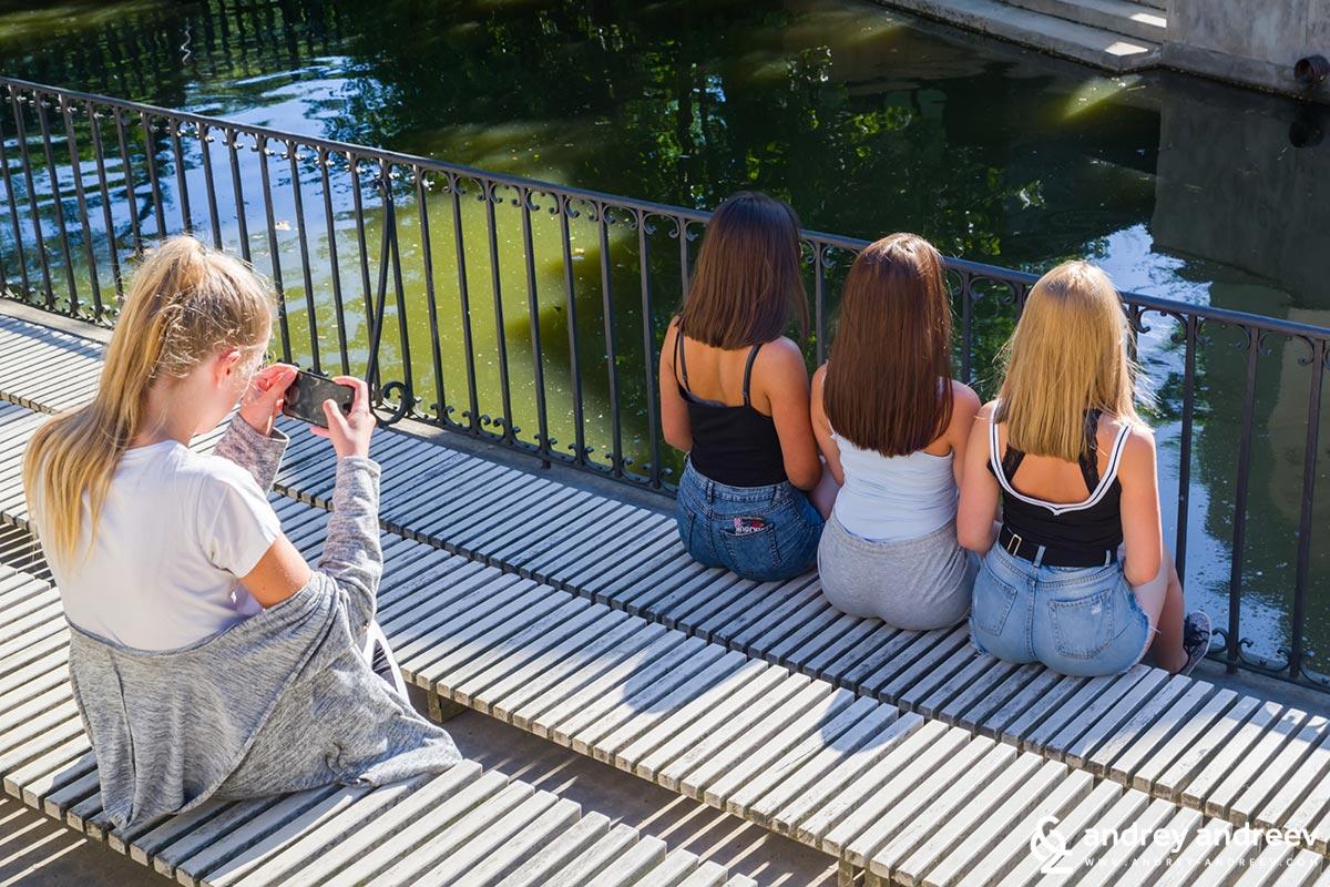 Да ви кажа, риби не съм снимал, но младите полякини, които си правят снимки за социалните мрежи бе страхотна забава
