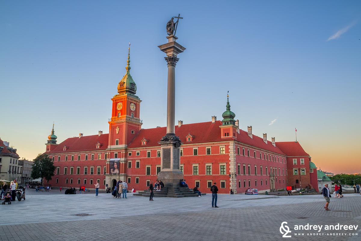Royal castle in Warsaw, Poland - what to see in one day in Warsaw