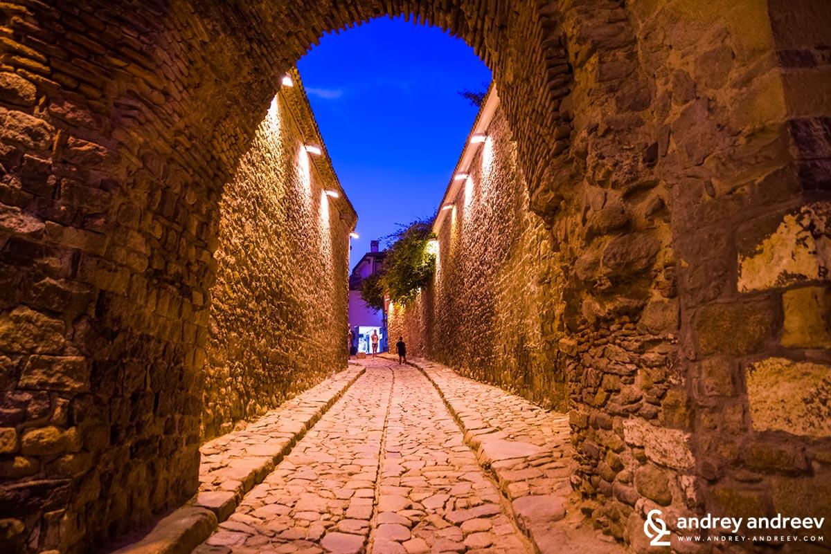 Хисар Капия, най-известната забележителност в Стария град в Пловдив