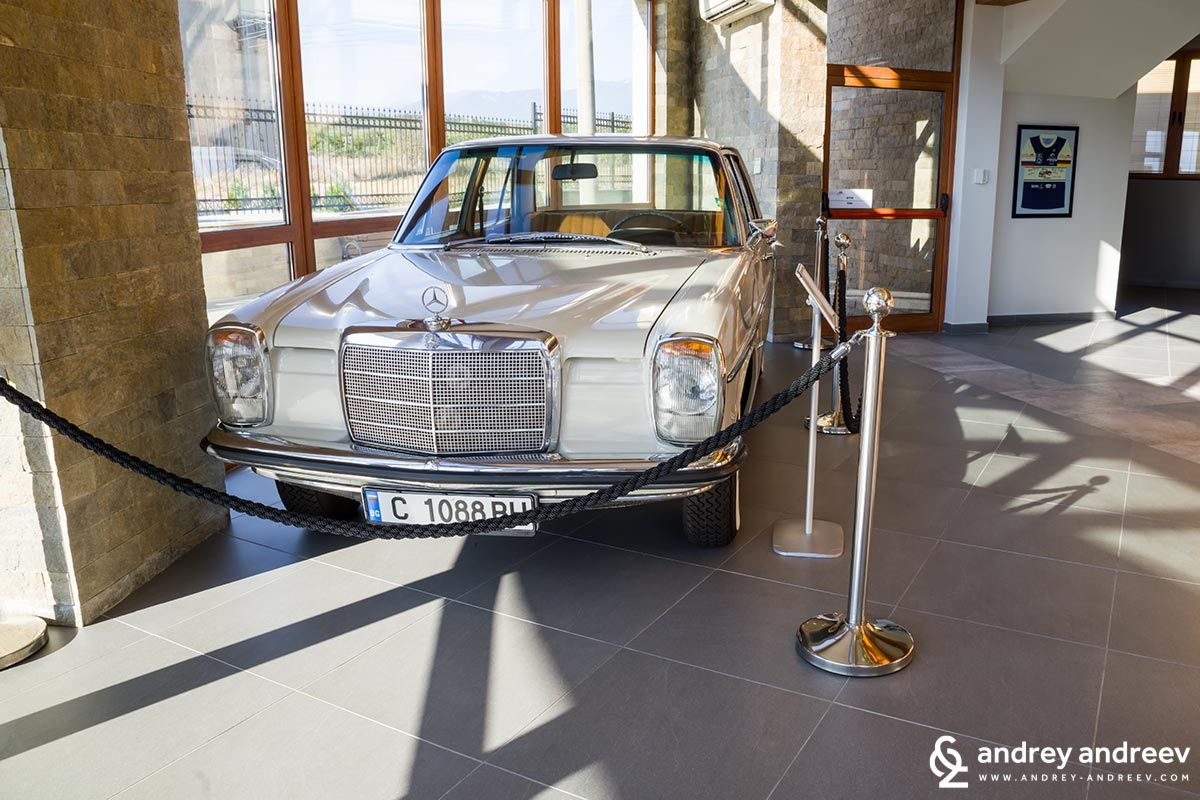 The Mercedes that welcomes every visitor at Zlaten Rozhen wine cellar. It is a very special car because it ws produced on the birth date of the owner of the cellar, in 1969