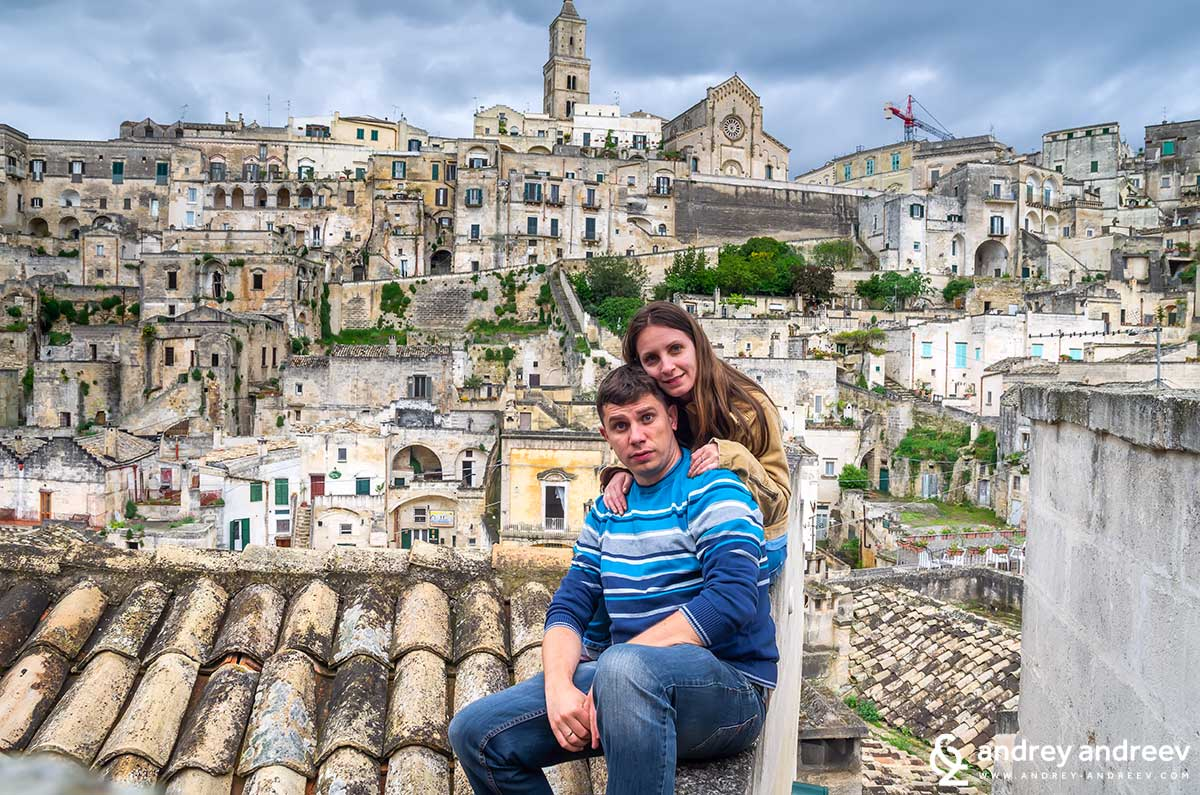 Maria and me at roofs of Matera