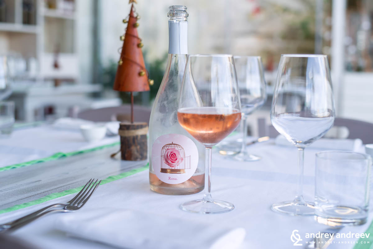 Sparkling rose wine - Rosa 2017